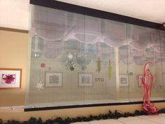"""Interesting glass screen that looks almost like linen. It's made from Deco film 3M Fasara film """"linen""""."""