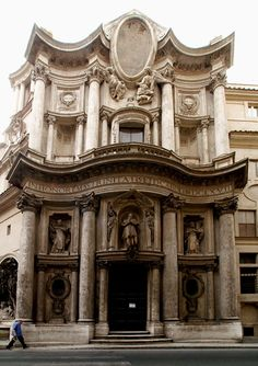 Francesco Borromini, façade of San Carlo alle Quattro Fontane, first half of 17th century