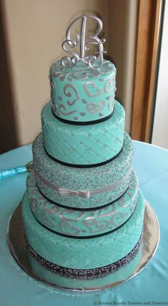turquoise and white wedding cake with diamonds 1000 images about turquoise cakes on 21301