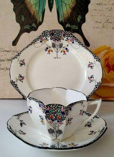 Vintage Cups, Vintage Dishes, Vintage China, Vintage Tea, Tea Cup Set, Cup And Saucer Set, Tea Cup Saucer, Teapots And Cups, Teacups