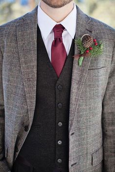 Carmine,Deep red,Indian Red,Dark Taupe : Fall Wedding Colors | http://www.fabmood.com/carminedeep-redindian-reddark-taupe-fall-wedding-colors/