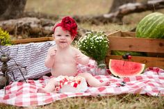 13 Seriously Adorable Cake Smash Photo Ideas for Baby's First Birthday via Brit + Co Watermelon Photo Shoots, Watermelon Pictures, Watermelon Baby, 2nd Birthday Photos, 1st Birthday Photoshoot, Birthday Ideas, Birthday Gifts, Smash Cake First Birthday, Baby Girl First Birthday