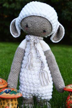 LUPO the lamb made by Minna / crochet pattern by lalylala