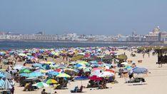 Playas en Cádiz: Las playas de la capital Dolores Park, Travel, Beach Bars, North West, Day Spas, 16th Century, Viajes, Destinations, Traveling