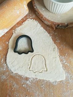 Ghost Cookie Cutter  - Halloween Party - Sugar Cookie - Cookie Press - Halloween Cookies - Plaque Cookie Cutter - Halloween Treats Halloween Cookie Cutters, Halloween Cookies, Halloween Ghosts, Halloween Treats, Halloween Party, Ghost Cookies, Cookie Press, Custom Items, Safe Food