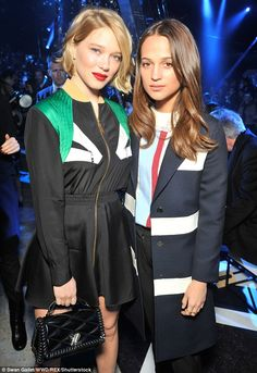 Lea Seydoux and Alicia pose up a storm in the front row of the Louis Vuitton Fall 2016 show on March 9, 2016 #pfw