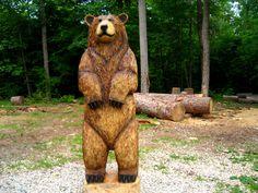 Cali: motosierra de oso pardo que talla escultura de madera de 6 pies de altura Abstract Sculpture, Wood Sculpture, Bronze Sculpture, Chainsaw Wood Carving, Carving Wood, Chip Carving, Stone Carving, Hollow Art, Dibujo
