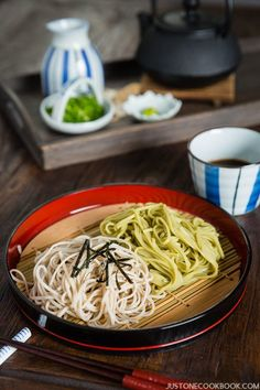 Zaru Soba (Cold Buckwheat Noodles with Dipping Sauce) | Easy Japanese Recipes at JustOneCookbook.com