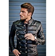 Leather Jacket Outfits, Men's Leather Jacket, Biker Leather, Leather Men, Leather Jackets, Black Leather, Jacket Men, Mdv Style, Street Style Magazine