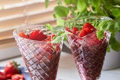 Strawberry, Fruit, Food, Alcohol, Essen, Strawberry Fruit, Meals, Strawberries, Yemek