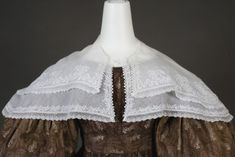 Pelerine: 1825-1835, white-work and lace.