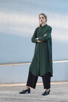 Shop full colelction of Dresses, tops, knits, shoes and more. Aesop, Winter 2017, Normcore, How To Wear, Outfits, Shopping, Collection, Tops, Dresses