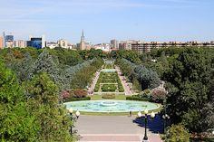 Parque Grande José Antonio Labordeta, Zaragoza, Spain