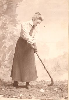 Early Field Hockey Pioneer! Im so glad the kit has evolved!! #wouldlookridiculousinthat