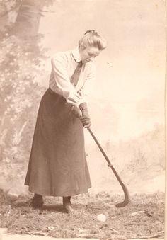 Early Field Hockey Pioneer