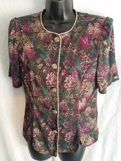 Button front short sleeve floral blouse whirlaway frocks size small #whirlawayfrocks #Blouse #Casual