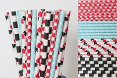 Hey, I found this really awesome Etsy listing at https://www.etsy.com/uk/listing/227634897/alice-in-wonderland-paper-straw-mix