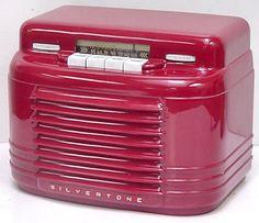 Silvertone Painted Bakelite Radio