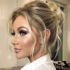 Amazing Wedding Makeup Tips – Makeup Design Ideas Fresh Wedding Makeup, Wedding Hair And Makeup, Hair Makeup, Eye Makeup, Beach Wedding Makeup, Party Makeup, Makeup Brush, Braut Make-up, Bride Makeup