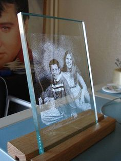 Laser photo engraved into a glass plate with led wooden light base gift 5 Laser Cutter Ideas, Laser Cutter Projects, Cnc Projects, Laser Co2, 3d Laser, Glass Engraving, Photo Engraving, Personalized Gifts For Her, 3d Prints