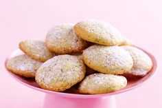 Lemon and poppyseed biscuits Single recipe. Very small balls. Do not flatten. Double tray