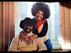 "25 Best Pop Music Duets of All Time: Roberta Flack and Donny Hathaway - ""The Closer I Get To You"" Music Icon, Soul Music, My Music, Music Stuff, R&b Artists, Music Artists, Soul Artists, Afro, Closer"