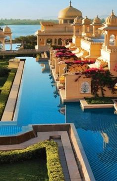 The Oberoi Udaivilas, Udaipur, Rajasthan, India for the special swimming pool it has. Places Around The World, Travel Around The World, Around The Worlds, Nova Deli, Beautiful World, Beautiful Places, Places To Travel, Places To Go, Amazing India