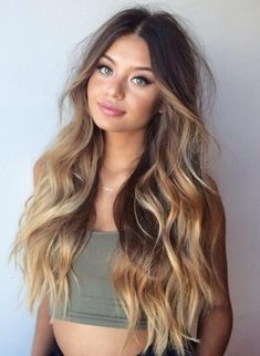 New hair balayage blonde ombre beach waves ideas Ombre Hair Color, Hair Color Balayage, Hair Highlights, Blonde Color, Honey Highlights, Blonde Ombre, Balayage Brunette, Dark Blonde, Long Face Hairstyles