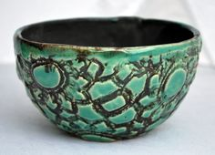 Ceramics made by students in the studio Gallery Item r-1403 - Rhoda Henning's Pottery Studio Ceramic Bowls, Stoneware, Thrown Pottery, Pottery Studio, Handmade Pottery, Students, Ceramics, Gallery, Tableware