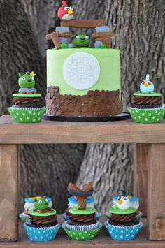 Angry Birds Cupcakes and Cake
