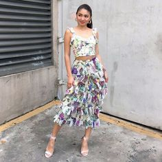 Nadz Lustre, Nadine Lustre Outfits, Filipina Actress, Flattering Outfits, Jadine, Girl Crushes, Cool Girl, Strapless Dress, Ootds