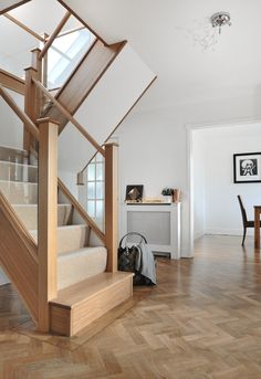 61 New Ideas House Entrance Wood Garage Staircase Remodel, Staircase Makeover, Staircase Railings, Wooden Staircases, Modern Staircase, Staircase Design, Staircase Runner, Banisters, Stairways