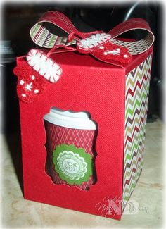 Nancy used the Envelope Punch Board to create this box for her Mini-Single Cup. Directions included.
