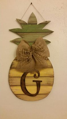 Pallet Pineapple....www.scwoodworkart.com