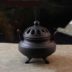 Specification: Material:Ceramic Production:Aromatherapy Plat Use:Incense burner Features: There is a free Amitabha card when you buy our incense burners, please send us a message after you place order