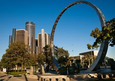 Detroit Michigan | Live surgical procedures by attending registered dentists on their own ...