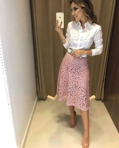 business casual outfits young professional Check latest office & work outfits ideas for women office outfits women young professional business casual & office w Lace Skirt Outfits, Pink Lace Skirt, Modest Outfits, Classy Outfits, Modest Fashion, Fashion Outfits, Jw Fashion, Modest Wear, Casual Office Fashion