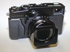 Fujifilm X Pro1 - really want to get my hands on one of these!