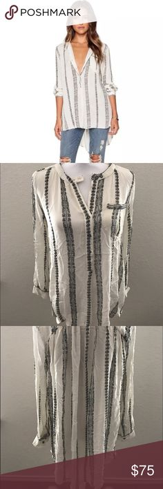 Free People Vanilla Magic Pullover Blouse Small This is a gorgeous NWT pullover blouse by Free People! Has buttons half way up. size Small Free People Tops Tunics