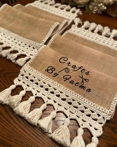 Table Runners, Reusable Tote Bags, Crafts, Knitting Ideas, Doilies, Home Decor, Creative, Handmade, Instagram