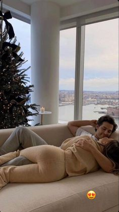 Couple Goals Relationships, Relationship Goals Pictures, Romantic Couple Kissing, My Kind Of Love, Christmas Feeling, Dad Baby, Boyfriend Goals, Cute Couple Pictures, Cute Couples Goals