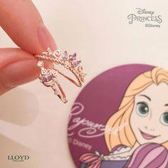 Diamond Heart Necklace / Diamond Heart in Solid Gold / Rose Gold Necklace / Layering Necklace / Diamond Necklace / Graduation Gift - Fine Jewelry Ideas Disney Princess Jewelry, Disney Jewelry, Disney Inspired Jewelry, Rapunzel, Cute Jewelry, Jewelry Accessories, Jewelry Ideas, Xenia, Accesorios Casual