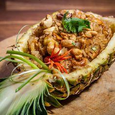 Tajski przysmak czyli smażony ryż to popularne uliczne danie. Jest tanie i w tej…