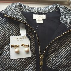 This is the cutest best for the fall! And the earrings are really cute too!