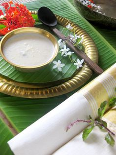 Paal payasam by homekraft, via Flickr Indian Desserts, Indian Sweets, Indian Dishes, Indian Food Recipes, Vegetarian Recipes, Ethnic Recipes, Rice Kheer, Kheer Recipe, Cooking Photos