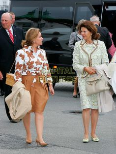 Grand Duchess Maria Teresa and Queen Silvia celebrates Queen Sonja 70 years 2007