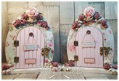 Shabby Chic Fairy Doors for Mother's Day Diy Fairy Door, Fairy Garden Doors, Fairy Garden Houses, Fairy Doors, Xmas Elf, Christmas, Fairy Bedroom, Fairy Crafts, Biscuit