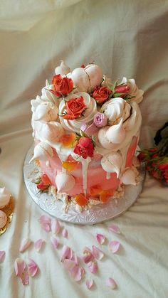 Dripcake roses & meringue
