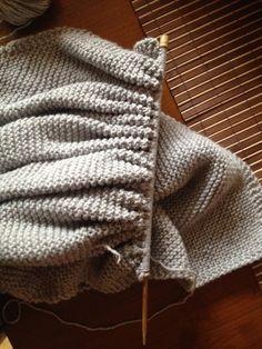 Knitting, Diy, Fashion, Crochet Carpet, Shawl, Ponchos, Loom Knitting Scarf, Knit Shawl Patterns, Moda