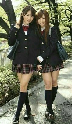 School Girl Japan, Japanese School Uniform Girl, School Uniform Fashion, Cute School Uniforms, School Girl Outfit, School Uniform Girls, Tokyo Fashion, Harajuku Fashion, Asian Fashion
